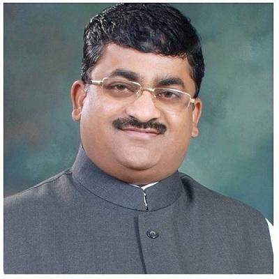 Kisanrao Dhavaji Rathod aka KD Rathod – A Successful Businessman and a Happy Family Man